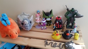 art studio figurines and dinosaurs